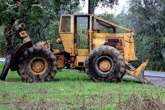 Abaondoned traktor Royaltyfria Bilder
