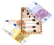Abaque en bois et factures euro Image libre de droits