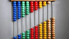 Abaque pour compter la pratique, perles alignées diagonalement photographie stock libre de droits
