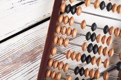 Abaque sur le fond en bois Photos libres de droits