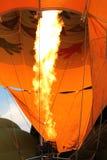 Abastecendo o balão de ar quente Foto de Stock Royalty Free