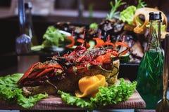 Abastecimiento culinario de la cena de la comida fría de la cocina que cena concepto del partido de la celebración de la comida Fotos de archivo libres de regalías