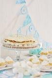 Abastecimiento de la fiesta de cumpleaños Imagen de archivo libre de regalías