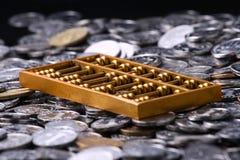 Abbaci e monete Fotografia Stock