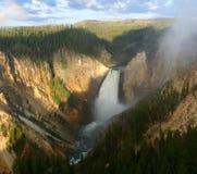 Abbassi le cadute del Yellowstone Immagine Stock Libera da Diritti