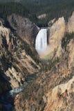 Abbassi le cadute, Yellowstone fotografie stock
