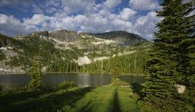 Abbassi Roman Nose Lake immagini stock libere da diritti