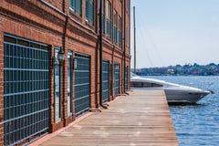 Abbatte il lungomare di cantone del punto a Baltimora, Maryland fotografie stock