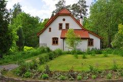 Abbaye (atelier) dans le domaine commémoratif de Polenov dans la région de Tula, Russie image stock