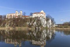 Abbaye bénédictine dans Tyniec près de Cracovie, Pologne photographie stock libre de droits