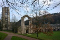 Abbaye de fontaines dans North Yorkshire images stock