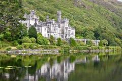 Abbaye de Kylemore, Connemara, à l'ouest de l'Irlande image libre de droits