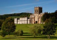 Abbaye de Milton et école, Dorset, R-U Photos stock