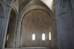 Abbaye de Montmajour i Frankrike Arkivfoton