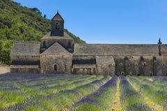 Abbaye de Senanque y lavanda, Francia Fotografía de archivo