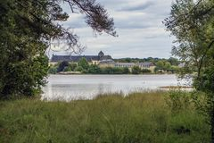 Abbaye Notre-Dame de Paimpont, França imagens de stock