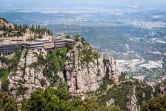 Abbazia di Santa Maria de Montserrat in montagne di Montserrat vicino a Barcellona, Spagna fotografia stock