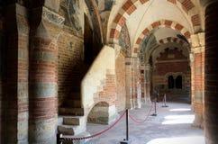 Abbazia di Vezzolano, claustro Imágenes de archivo libres de regalías