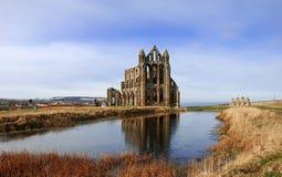 Abbazia di Whitby in Yorkshire del nord fotografie stock libere da diritti