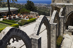 Abbazia nordica del Cipro Bellapais immagini stock