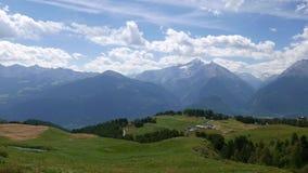 Abbellisca il ` Aosta, il video 4k di Valle D dell'Italia video d archivio