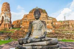 Abbellisca l'immagine di Buddha in vecchio tempio a ayutthaya Tailandia Fotografie Stock Libere da Diritti