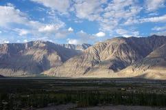 Abbellisca nella valle di Nubra in Ladakh, India fotografie stock