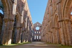 Abbey av San Galgano, Tuscany Royaltyfri Fotografi