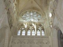 Abbey Church av St Germain i den Auxerre Bourgogne, Frankrike Arkivfoton