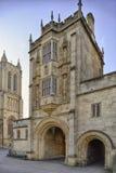 Abbey Gateway eller abbotporthus Arkivfoton