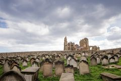 abbey norr whitby yorkshire Arkivfoton
