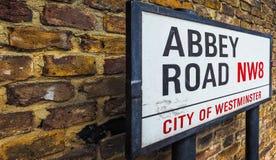 Abbey Road firma adentro Londres (el hdr) Foto de archivo libre de regalías