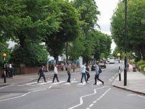 Abbey Road korsning i London Arkivbild