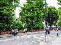 Abbey Road korsning i London (hdr) Arkivfoton