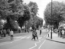 Abbey Road korsning i svartvita London Arkivbilder