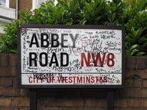 Abbey Road unterzeichnen herein London Lizenzfreie Stockbilder