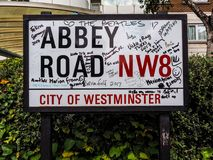 Abbey Road unterzeichnen herein London, hdr Stockfotografie