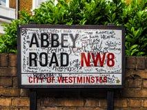 Abbey Road unterzeichnen herein London (hdr) Stockbild