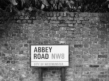 Abbey Road unterzeichnen herein Schwarzweiss London Lizenzfreies Stockfoto