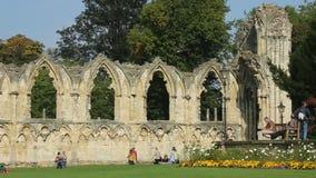Abbey Ruins - stad av York - England arkivfilmer
