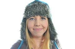 Abbigliamento d'uso di inverno della giovane donna Fotografia Stock