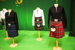 Abbigliamento femminile irlandese al festival dell'Irlanda a Roma Italia Fotografia Stock Libera da Diritti