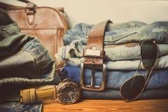 Abbigliamento per gli uomini - annata di tono Fotografia Stock
