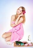 Abbildung der glücklichen jungen blonden Frau Stockfotos