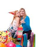 Abbildung der Mutter und der Tochter mit Geschenken Lizenzfreie Stockfotografie