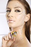 Abbildung der reizenden Frau mit Diamantinnerem Lizenzfreies Stockfoto