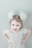 Abbildung des lächelnden kleinen Mädchens der Junge Stockfotos