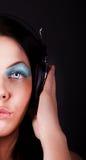 Abbildung des Mädchens mit Kopfhörern Lizenzfreie Stockfotos