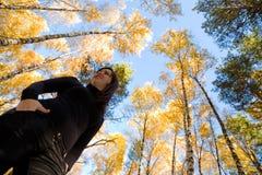 Abbildung einer Frau und des Himmels Stockbild