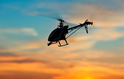 Abbildung eines RC Hubschraubers Stockbild